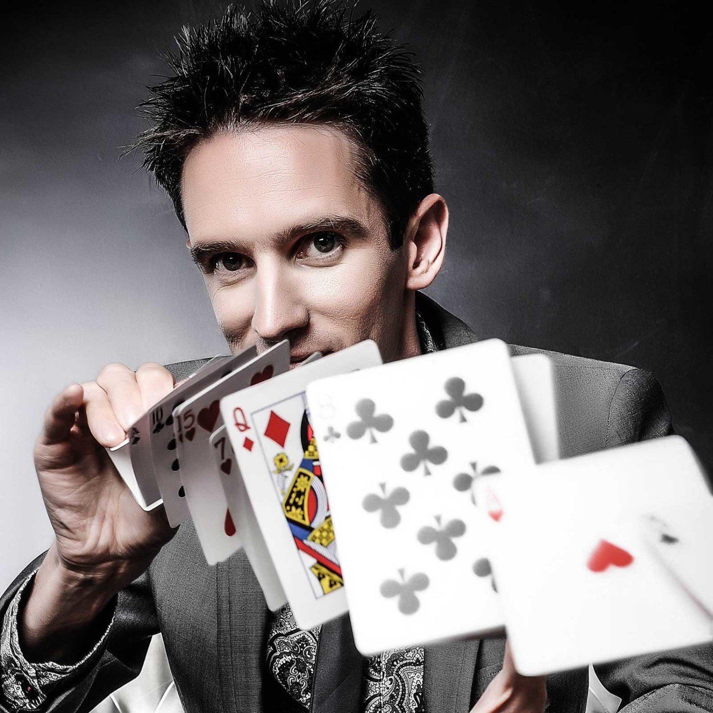 Keelan Leyser UK Magician
